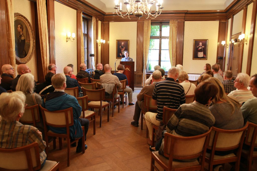 Freimaurerischer Vortrag mit Gästen.